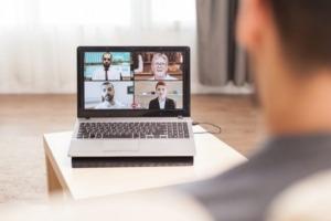trabalhos-home-office-midia-criativa-top-e-web-tecnologias.jpg